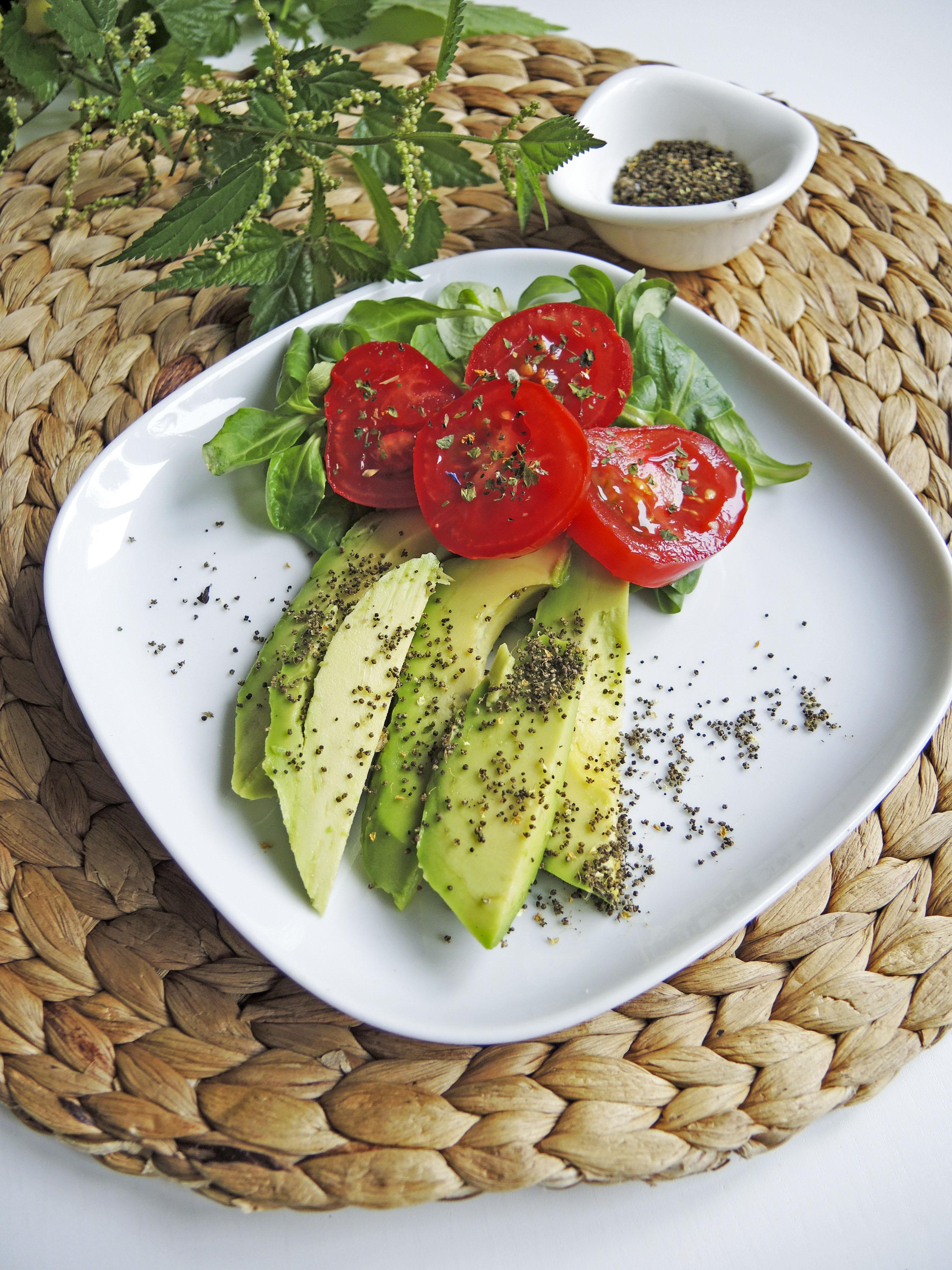 Salat_mit_Brennnesselsamen